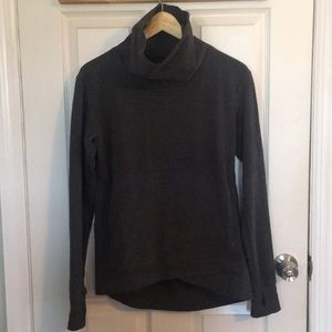 Lululemon high/low sweatshirt